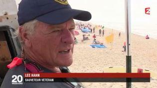 France 2 est partie à la rencontre de Lee Hahn, sauveteur sur une plage de la côte est des États-Unis depuis 54 ans. (FRANCE 2)