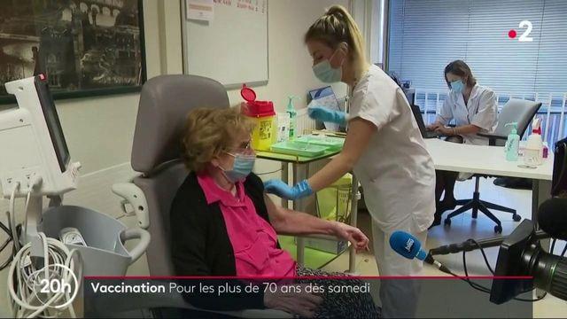 Covid-19 : la vaccination élargie aux plus de 70 ans dès samedi
