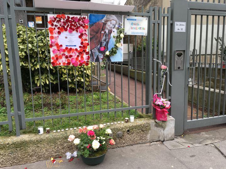 Devant l'immeuble parisien où vivait Mireille Knoll, une octogénaire juive tuée le 23 mars 2018 dans son appartement. (CATHERINE FOURNIER / FRANCE INFO)