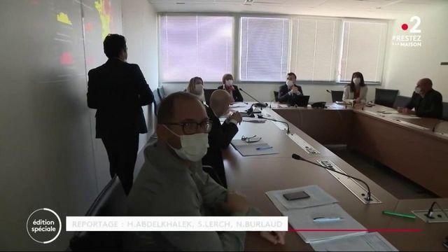Coronavirus : au cœur de la cellule de crise de l'agence régionale de Santé de Marseille