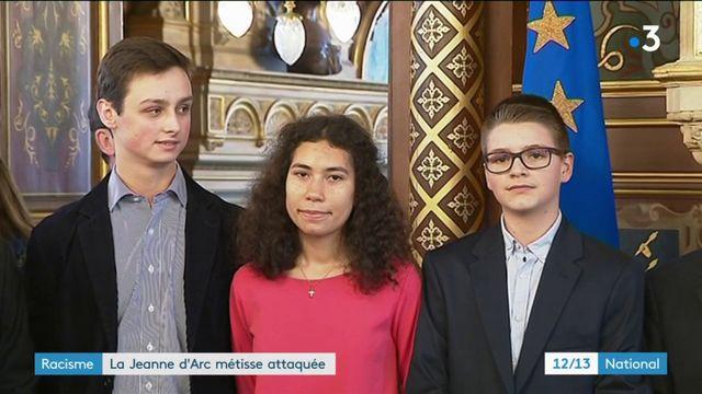 Polémique : la Jeanne d'Arc métisse victimes d'insultes racistes