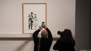 Stop and Search - 2007, Banksy, oeuvre mise en vente le 24 octobre 2018  (ISA HARSIN/SIPA)