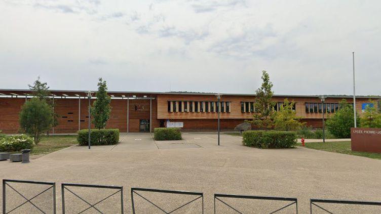 L'entrée du lycéePierre-Joël-Bonté de Riom (Puy-de-Dôme) sur une image prise en août 2019 par le service Google Maps. (GOOGLE MAPS)