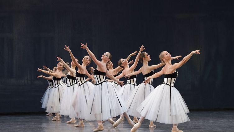 Exposition Couturiers de la danse au Centre National du costume de scène (LAURENT PHILIPPE / DIVERGENCE)