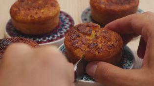 Le gâteau de maïs, un dessert typiquement brésilien. (ROBIN PRUDENT / FRANCETV INFO)