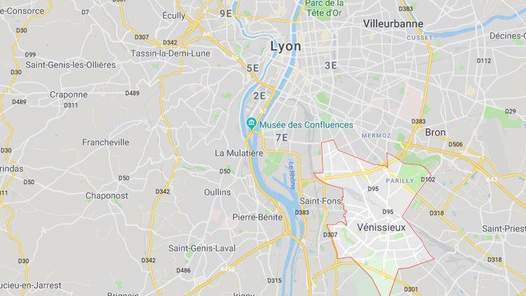 Vénissieux, en périphérie de Lyon (Auvergne-Rhône-Alpes) (Google maps)