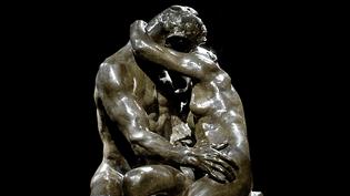 """Epreuve en bronze de 1927 du """"Baiser"""" de Rodin vendue aux enchères à 2,2M d'euros  (France 3 / Culturebox)"""