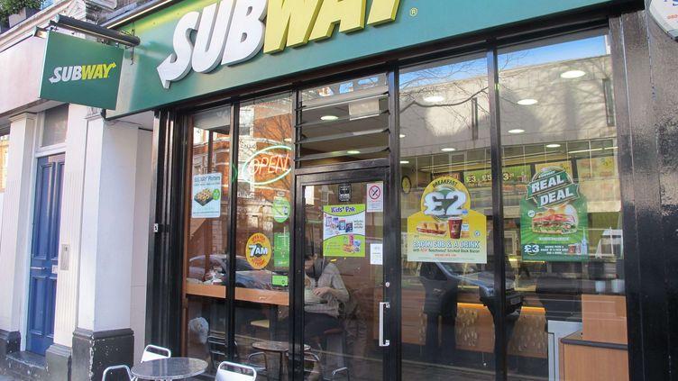 La devanture d'un fast-food Subway à Londres (Royaume-Uni), le 3 février 2014. (EDD GRIFFIN / REX / SIPA)