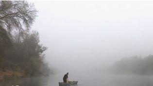 Le Rhin a connu cet été une sécheresse exceptionnelle. France 2 s'est intéressée à ce fleuve et à ceux qui y vivent et qui y travaillent : bateliers, pêcheurs, brigades fluviales... (FRANCE 2)