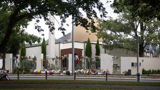 La mosquéeal-Nour, à Christchurch (Nouvelle-Zélande), peu aprèsun attentat, le 22 mars 2019. (MARTY MELVILLE / AFP)