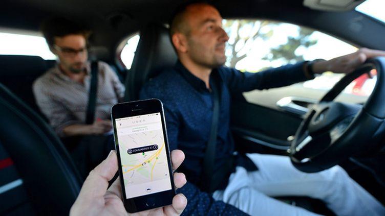 (Après Paris, Lyon, Lille, Bordeaux, Toulouse et Nice, Uber débarque à Nantes, Strasbourg et Marseille © MaxPPP)