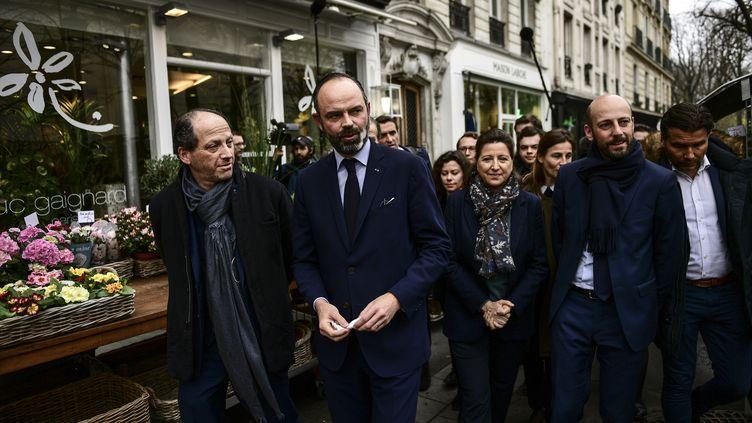 Le Premier ministre Edouard Philippe avec Agnès Buzyn, la candidate LREM à la mairie de Paris, et Stanislas Guerini, délégué général de LREM, le 10 mars 2020 à Paris. (MARTIN BUREAU / AFP)
