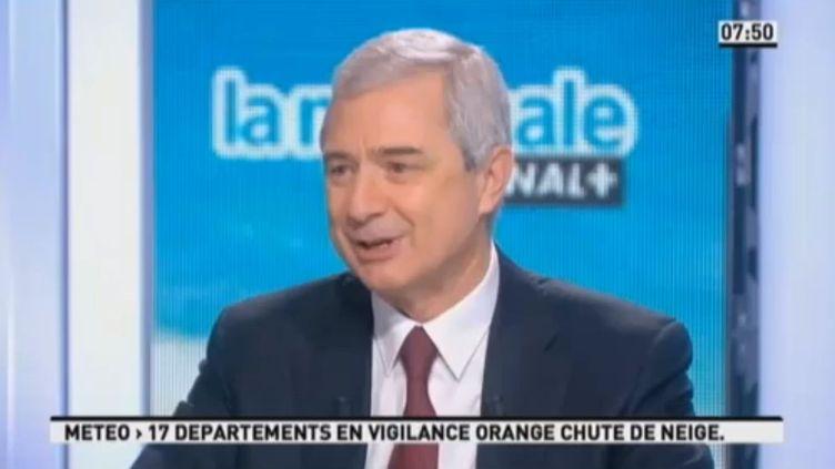 Claude Bartolone, président de l'Assemblée nationale, sur le plateau de la matinale de Canal+, le 11 février 2013. (CANAL+ / FRANCETV INFO)