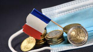 L'épargne des français depuis la crise du Covid-19. Image d'illustration. (JEAN-LUC FLEMAL / MAXPPP)