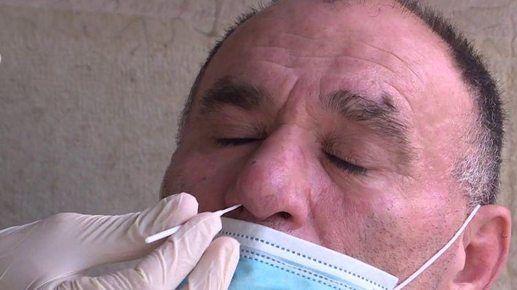 Covid-19 : fin de la gratuité des tests de dépistage. (FRANCEINFO)