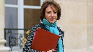 La ministre de la Santé Marisol Touraine, quitte l'Elysée, le 18 février 2015 à Paris. (CITIZENSIDE / YANN BOHAC / AFP)