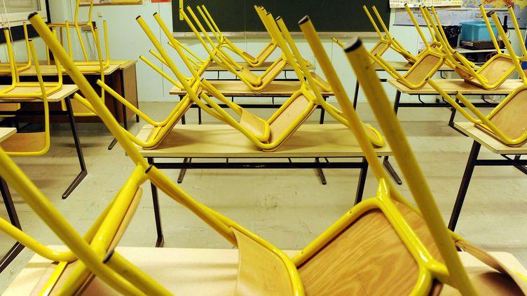 Les personnels du collège Elsa-Trioletde Saint-Denis (Seine-Saint-Denis) se sont mis en grève vendredi, après l'agression d'une enseignante jeudi. Photo d'illustration. (ALEXANDRE MARCHI /NCY / MAXPPP)