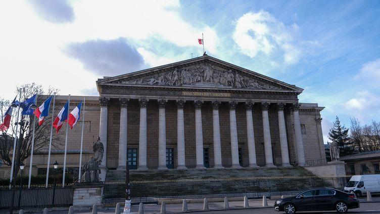 La façade de l'Assemblée nationale, à Paris, le 11 février 2020. (THIERRY THOREL / NURPHOTO / AFP)