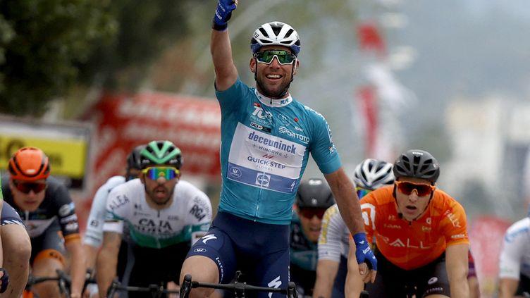 Mark Cavendish après sa troisième victoire d'étape sur le Tour de Turquie 2021 (MUSTAFA CIFTCI / ANADOLU AGENCY)