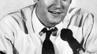 Jacques Chancel lors d'une émission de radio en 1970, à Paris. (AFP)
