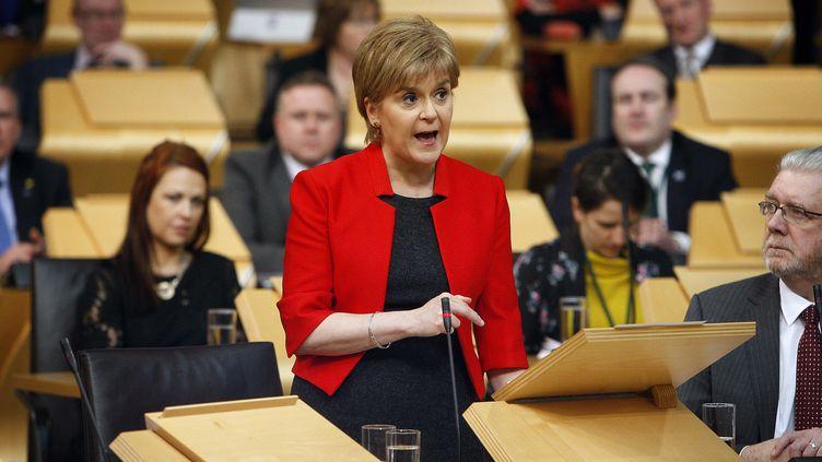 La Première ministre de l'Ecosse, Nicola Sturgeon, le 21 mars 2017, au Parlement d'Edimbourg (Royaume-Uni). (ANDREW COWAN / SCOTTISH PARLIAMENT / AFP)