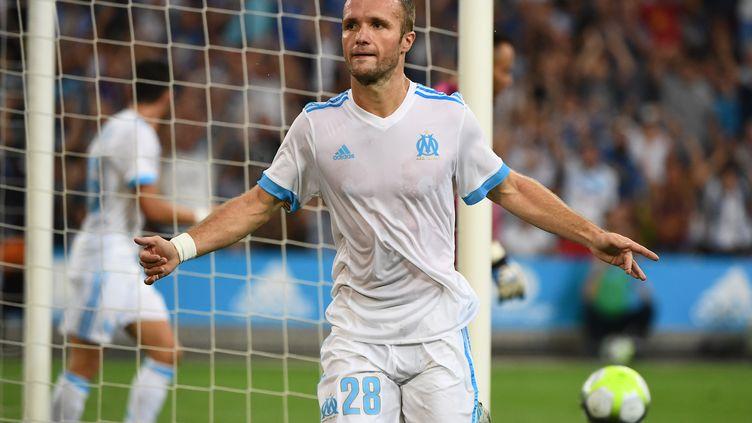 Valère Germain après l'un de ses deux buts contre Domzale. (BORIS HORVAT / AFP)