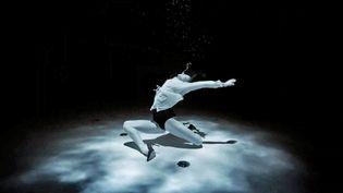 Tang'O, la sublime chorégraphie en apnée réalisée par Bastien Soleil et interprétée par la danseuseAriadna Hafez (France 3 Provence Alpe Côte d'Azur)