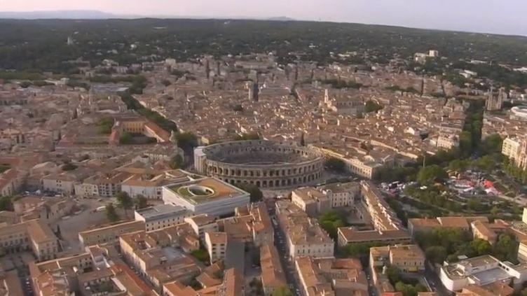 Chaque année, à Nîmes (Gard), de grands jeux romains sont organisés, commedansl'Antiquité. (FRANCE 2)