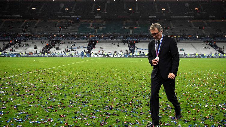 L'entraîneur Laurent Blanc, après avoir remporté la finale de la Coupe de France de football contre Marseille avec leParis Saint-Germain, au Stade de France à Saint-Denis, le 21 mai 2016. (FRANCK FIFE / AFP)