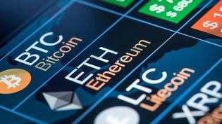 Les cryptomonnaies, la monnaie du futur ? Ou plutôt une bulle spéculative ? (D-KEINE / ISTOCK UNRELEASED / GETTY IMAGES)