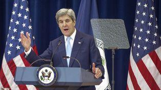 John Kerry lors de son discours sur le Proche-Orient, le 28 décembre 2016, à Washington (Etats-Unis). (PAUL J. RICHARDS / AFP)