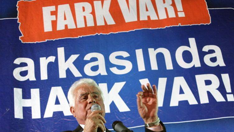 Le nouveau président chypriote turc, Dervis Eroglu (AFP - BIROL BEBEK)