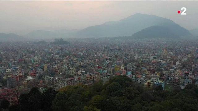 Népal : le secteur du tourisme à l'arrêt avec la crise sanitaire