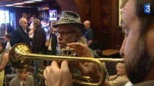 "Elliot Murphy joue son ""folk rock"" au festival Jazz Equinoxe  (Culturebox)"