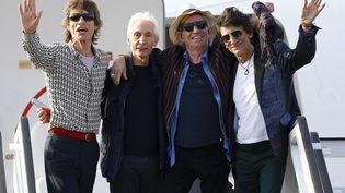 Les Rolling Stones à leur arrivée à l'aéroport de La Havane(Cuba), le 24mars 2016. (IVAN ALVARADO / REUTERS)