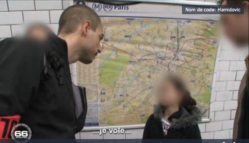 """Capture d'écran du reportage """"Nom de code : Hamidovic"""" du reportage de 66 minutes diffusé en 2011 sur M6 sur le """"gang des petites voleuses du métro"""" parisien. (M6 )"""