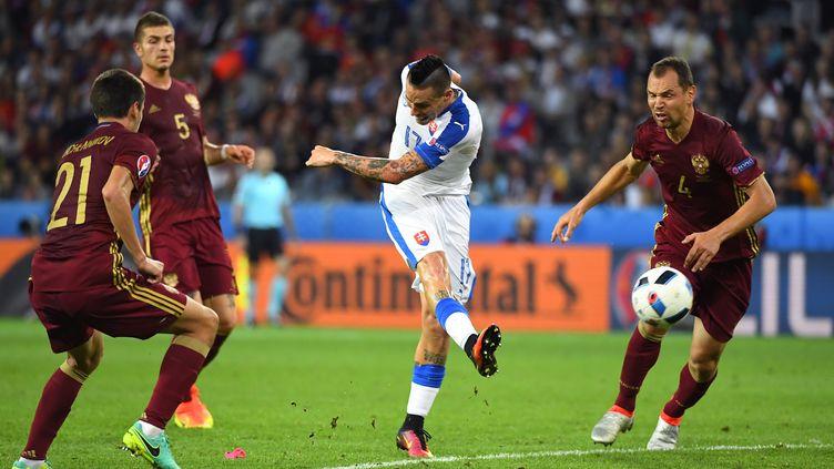 Hamsik, l'auteur du deuxième but de la Slovaquie face à la Russie. (JOE KLAMAR / AFP)