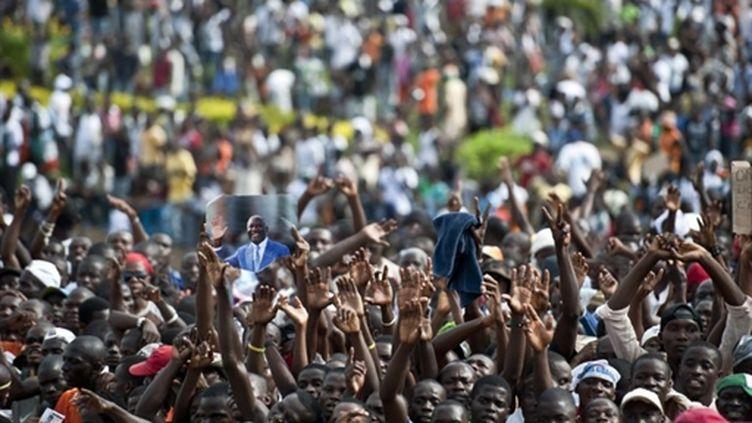 Rassemblement pro-Gbagbo à Abidjan le 26 mars 2011 (AFP/JEAN-PHILIPPE KSIAZEK)