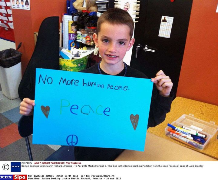 Une photo de Martin Richard, 8 ans, dans sa classe, postée sur Facebookpar une amie de son ancienne institutrice. (REX / SIPA)