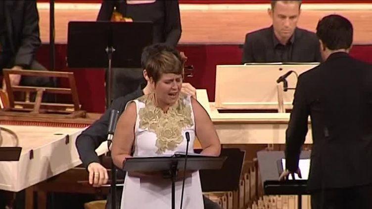 """Concert d'ouverture du festival de la Chaise-Dieu.""""Madeleine aux pieds du Christ"""" d'Antonio Caldara. La sopranoEmmanuelle de Negri interprète Marie-Madeleine  (France 3)"""
