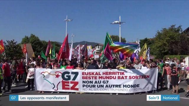 G7 : les opposants manifestent