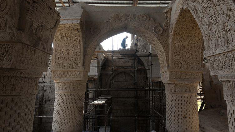 Les vestiges de la mosquée des Neuf Dômes, une des plus anciennes du monde, dans la province de Balkh, ans le nord de l'Afghanistan  (Farshad Usyan / AFP)