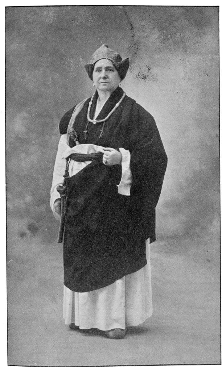 Alexandra David-Néel en habit traditionnel tibétain  (MARY EVANS/SIPA)