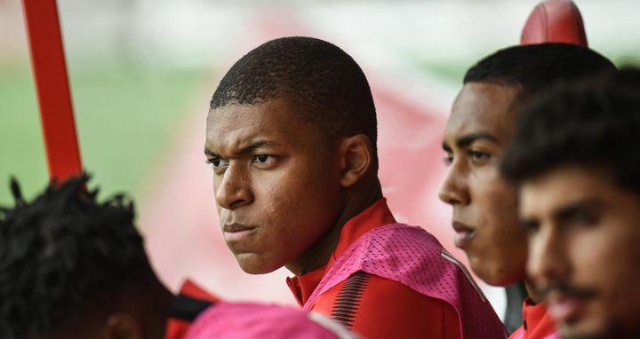 Privé de temps de jeu, Mbappé fait le forcing pour rejoindre le PSG.