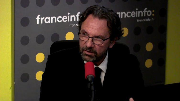 """Frédéric Lefebvre, membre fondateur du nouveau parti """"Agir"""", invité de franceinfo, le 27 novembre 2017. (FRANCEINFO / RADIOFRANCE)"""