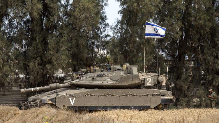 Un char israélien dans la bande de Gaza, en mai 2016. (JACK GUEZ / AFP)