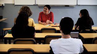 Les lycées français rouvrent progressivement leurs portes mardi 2 juin. (THEO ROUBY / AFP)