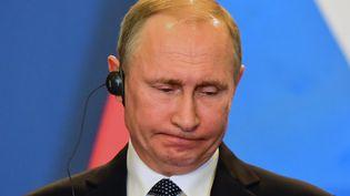 Vladimir Poutine, le 2 février 2017, à Budapest (Hongrie). (Photo d'illustration) (ATTILA KISBENEDEK / AFP)