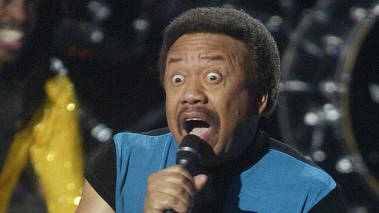 (Maurice White en concert à Los Angeles en février 2004 © REUTERS)