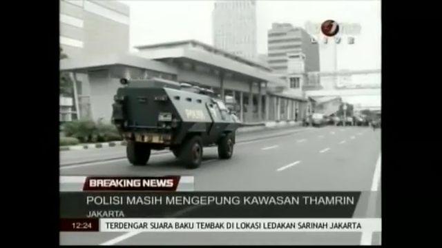 Les premières images de la série d'explosions dans le centre de Jakarta